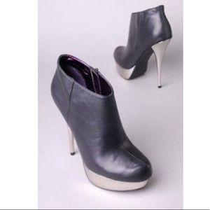 Steve Madden Shoes - Steve Madden Platform Bootie Chelsey